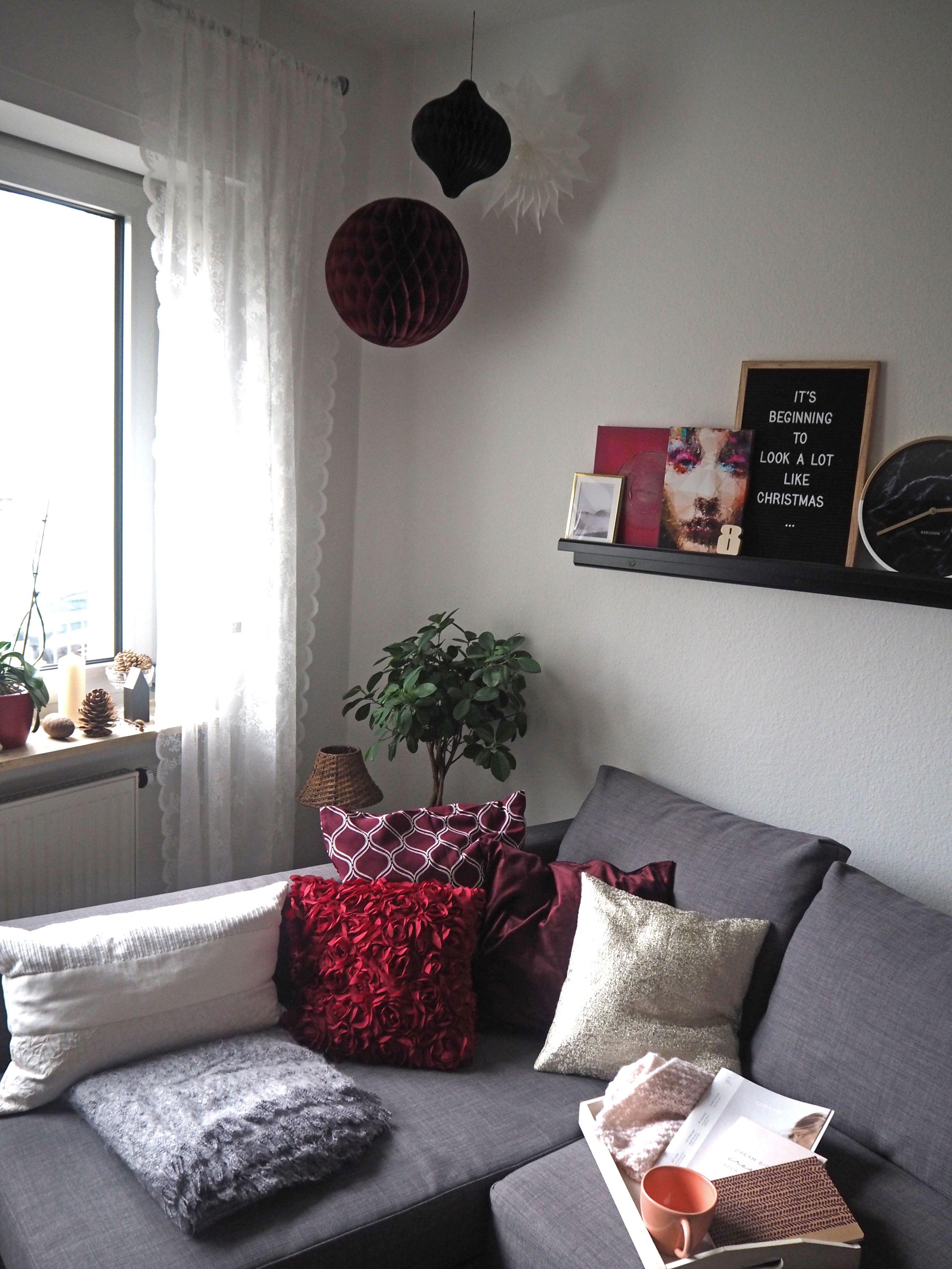 2018-skoen-och-kreativ-interior-god-jul-klassisches-rot-fuer-weihnachten-wohnzimmer (17)